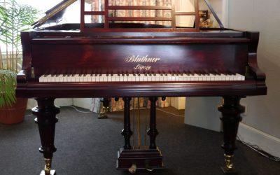 A Blüthner restored grand piano arrives in Edinburgh!